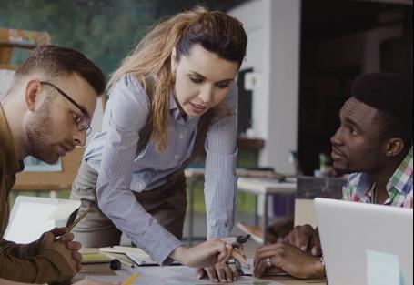 5 dicas para criar um treinamento de liderança para gestores